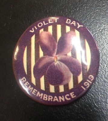WW1 Violet Day Remembrance Day 1919 Button Badge Anzac Day