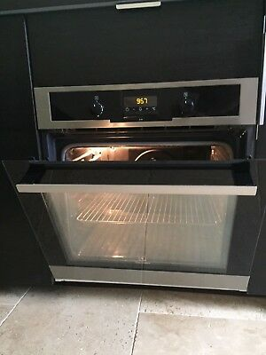 FOUR Encastrable ELECTROLUX , Multifonctions, Pyrolyse . Inox 70L