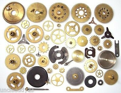 Lot of 40 vintage assorted clock small and large brass gears Steampunk parts N2