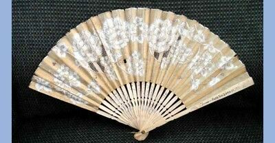 antique BURNS RICE PAPER AND LACE WOMANS HANDHELD FAN 6th & 44th NEW YORK