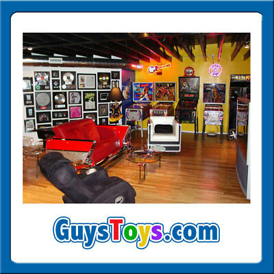 GuysToys.com PREMIUM Guys Toys/Man Cave/Tech/Video Game/Arcade Domain Name NR $$