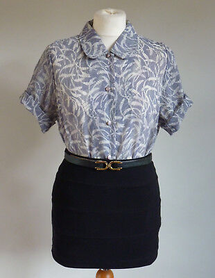 Beautiful Vintage 1940's WWII Land girl Feather Print Pan Collar Shirt/Blouse 10