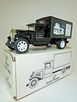 1990s RARE ERTL FREIGHT TRUCK BANK WHITE CASTLE  COLLECTIBLE 8 INCHES 0731 Scale