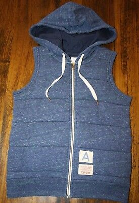 Country Road Boys Quilted Hooded Vest.  Size 6.  In Euc - As New