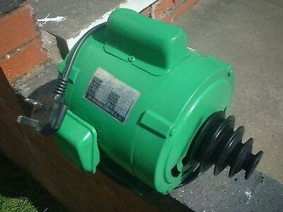 Electric Motor 1/2 HP Single phase. 1800 RPM with Pulley attached 4 bolt fixing