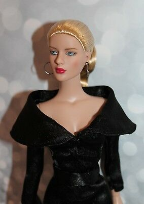 """""""Tina Fashion""""  Outfit For Tonner Tyler 16 """", Outfit For Sybarite doll"""