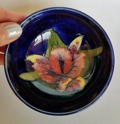 Moorcroft Iris w/ Paper Label Pottery Bowl Vase England NO Reserve Estate Fresh