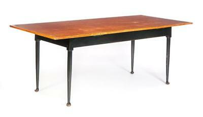 DAVID T. SMITH QUEEN ANNE-STYLE FARM TABLE. Lot 278