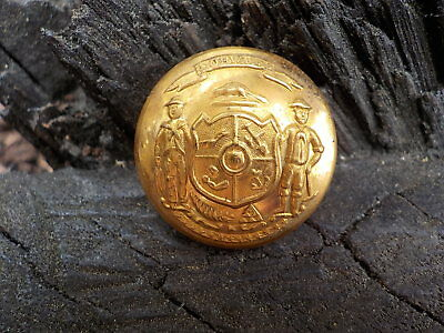 Old Rare Vintage Antique War Relic Wisconsin State Coat Button Loaded Gold