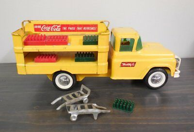 Vintage Buddy L Coca-Cola Delivery Truck Yellow Dollies Coke Bottles 1950 1960