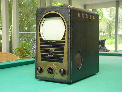 "Vintage 1940's Firestone 13-G-33 Portable 7"" Table Top TV"