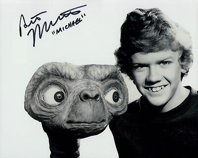 Robert McNaughton Photo Signed In Person - Michael in E.T. - D556