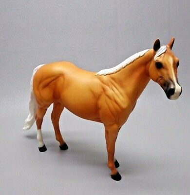 1999 Peter Stone Palomino Ideal Stock Horse PC 1999 Pretty Consecutive Long Tail