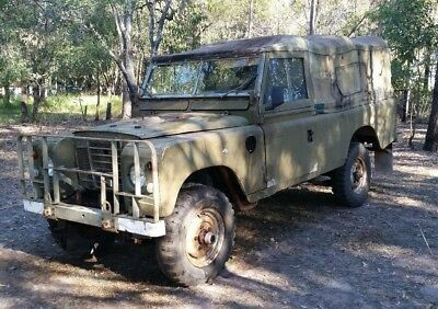 Land Rover 1977 Series 3 Australian Army 4X4 Go Anywhere Vehicle