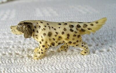"""Vintage SPOTTED ENGLISH SETTER - 13/16"""" Tall ~ 2"""" Long"""