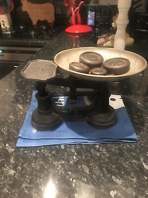 Vintage Cast Iron Weighing Scales With 5 Weights