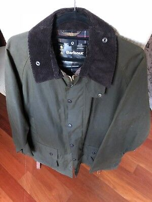 Barbour Classic Beaufort waxed cotton olive jacket men's size 42