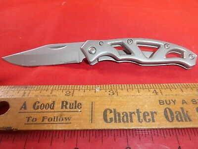 "Gerber Paraframe I Knife 3"" Stainless Steel Blade & Handle With Pocket Clip."