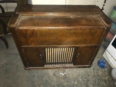 Antique 1950's Phillips Gramophone and Short Wave Radio Player