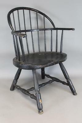 """Rare 18Th C New England """"low Back"""" Windsor Armchair In Old Paint Knuckle Hands"""