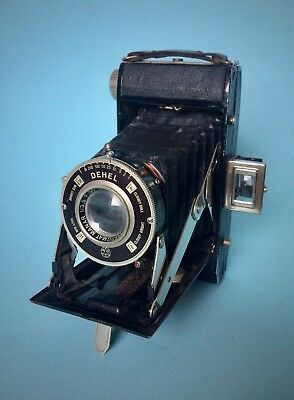Demaria Lapierre Dehel folding camera in good condition - made in France