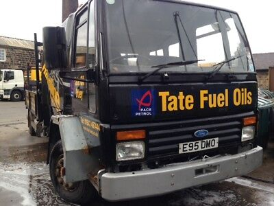 Ford Cargo 7.5 ton flat bed - Hiab crane & tail lift & double cab.