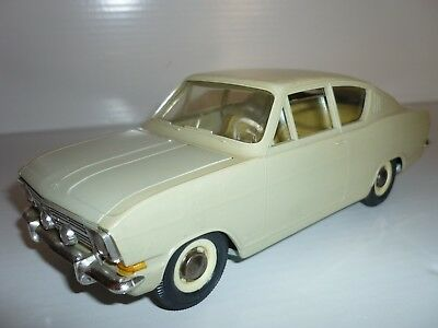 Alter  Opel - Kadett - Coupe  Gama /  Maßstab 1:20 / Made In Western Germany