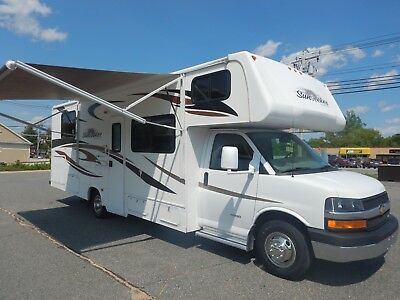 Forest River Sunseeker 29ft Class C Motorhome Chevrolet Express 4500 V8 Gas 2013