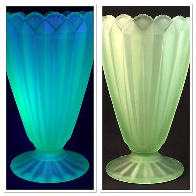 Art Deco Crown Crystal Green Uranium Vaseline Depression Glass Vase Vintage