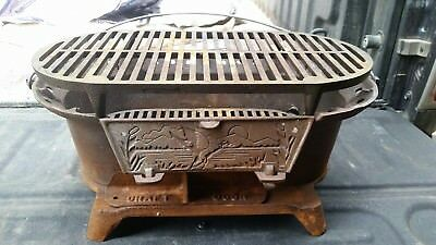 Lodge Cast Iron Hibachi Sportsmans Stove Grill Vintage Guc With Duck On The Door