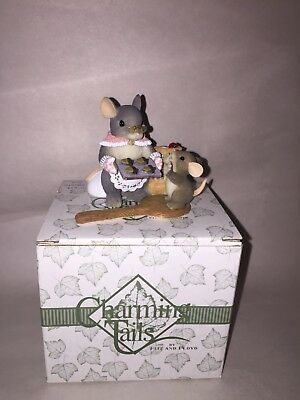 """Limited Dean Griff Charming Tails Mouse Figurine """" You Bake Me Happy """""""