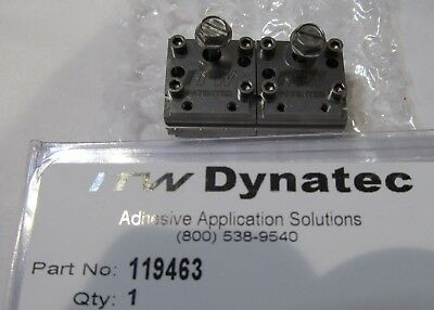 New Itw Dynatec  Industrial Ufd Line Hot Melt Glue Double Spray Nozzle 119463