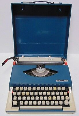 Working Retro Vintage 1970s ROYAL SPRITE MODEL BLUE PORTABLE TYPEWRITER & CASE