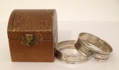 Antique/Vintage Boxed Pair Of Silver Napkin Rings With Vacant Cartouche