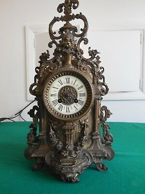 Very RARE and Unique piece of Clock fully made in brass (5kg- 6kg)