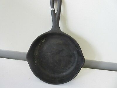 Antique Wagner Ware Sidney Cast Iron Skillet FREE SHIPPING