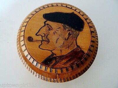 France Snuff Box TOULOUSE Le Balto ARTIST SIGNED carved wood PIPE folk art
