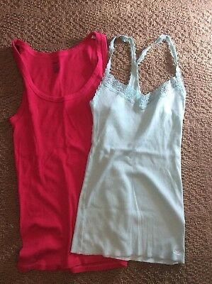 lot of 2 women's tank tops Pink gap, and light blue Hollister size small. Euc