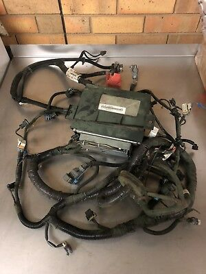 Holden Commodore VZ LS1 5.7 V8 Auto ECU & Engine Harness Battery Wiring Loom
