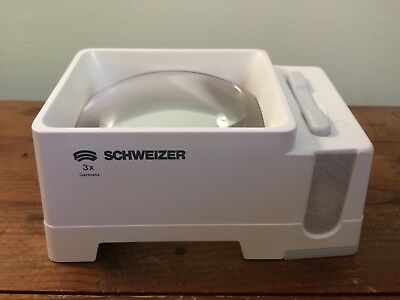 Schweizer stand magnifier 3x 6D lighted illuminated low vision tested extra bulb