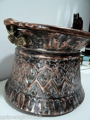 1800s old COPPER POT kettle Nomadic? TRIBAL? roughly hewn SNAKE HANDLES 4+ LBS