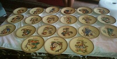 Goebel Hummel lot of 25 ANNUAL PLATES 1971 through 1987 through 1995 MINT