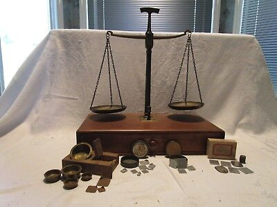 Antique/vintage Apothecary- Jewelry/gold Balancing Scale Many Weight Sets Nice