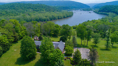 HARPERS FERRY WV POTOMAC RIVER ESTATE FAB VIEW, INDOOR POOL 12 ac. MUST SEE