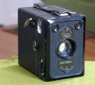 1931 Zeiss Ikon Box - Tengor Metal Box Camera Goerz f11 Lens Germany NICE OPTICS