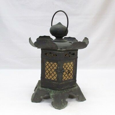 B553: Popular Japanese hanging lantern of copper ware with good atmosphere