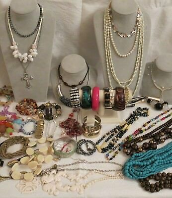 #BB) Fashion ESTATE JEWELLERY rings,, crucifix, statement necklaces