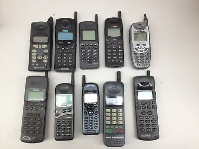 Lot of 10 Assorted Vintage Cell Phones AS IS | PH511