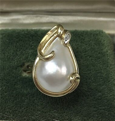 14k Yellow Gold Cultured Mabe Pearl Ring w/ 2 Accent Diamonds, Size 7.5