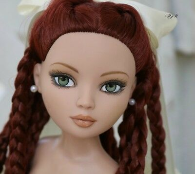 Ellowyne Chills, Hair Restyled, Nude  - Tonner Doll